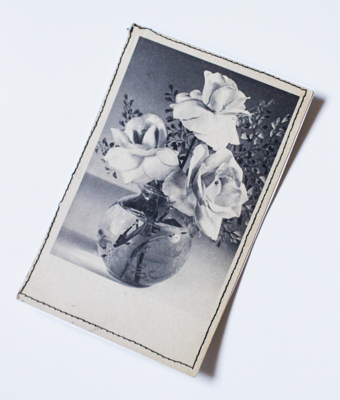 vintage card roses 2.JPG
