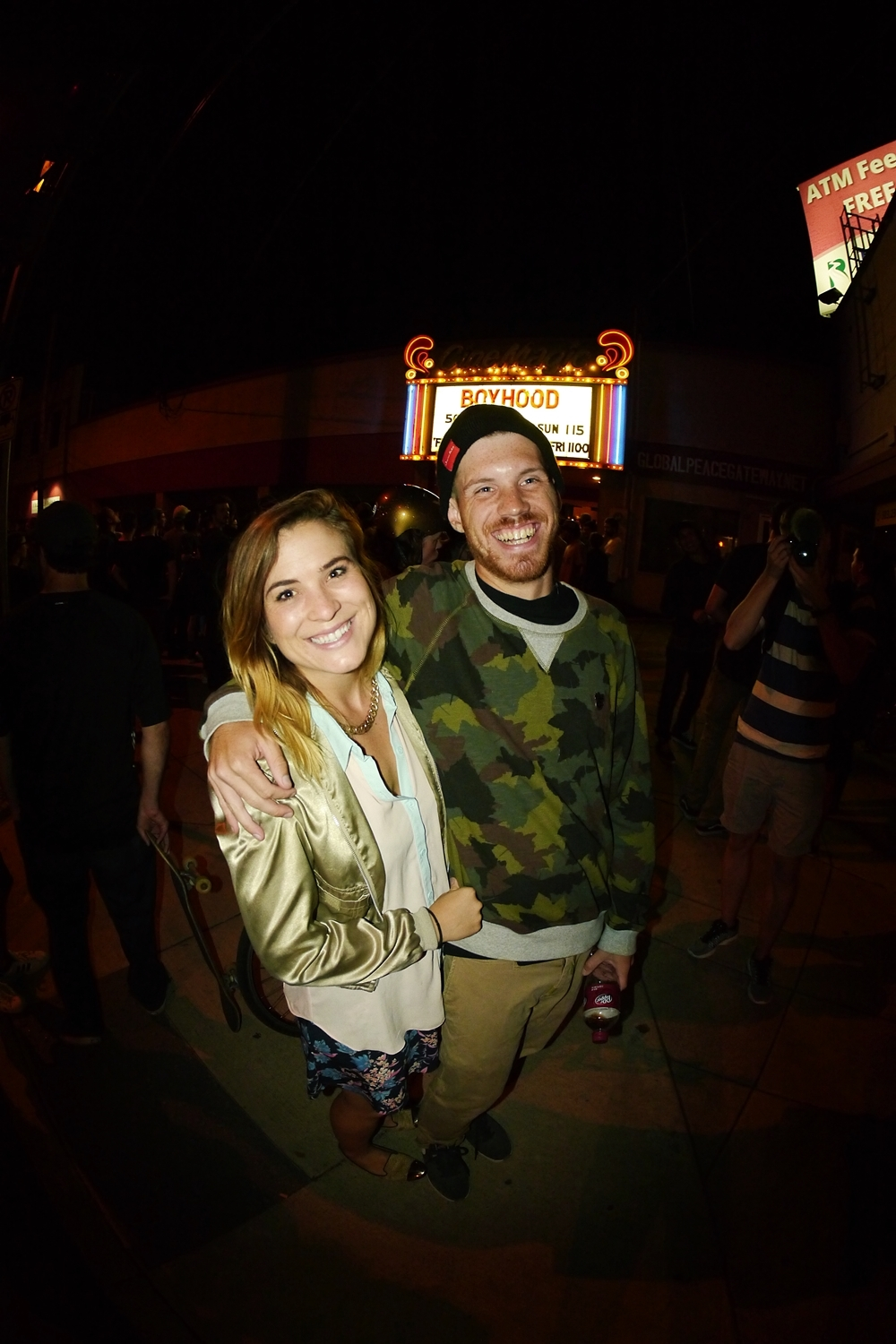 (FWIL40) LA schoolyard HD film doctor Cory Williams and the lovely lady..JPG