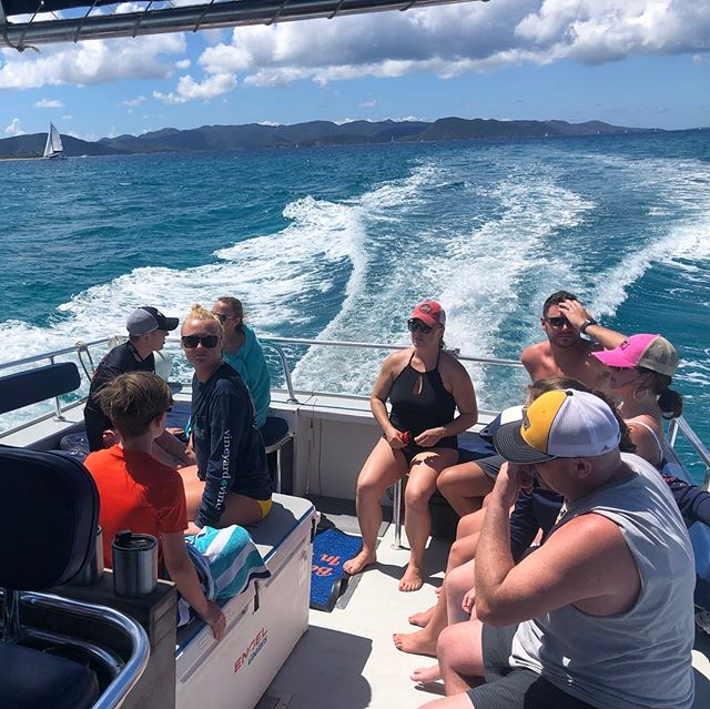 St. Patrick's Day fun on the water with this group! 🍀 Isn't it time to book your day out on the water with us? 🤔🚤😎www.borntorhumb.com @bline_beachbar @soggydollarbar #sandyspit