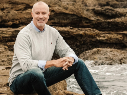 Dr. Randy Ross is founder and CEO (Chief Enthusiasm Officer) of Remarkable!