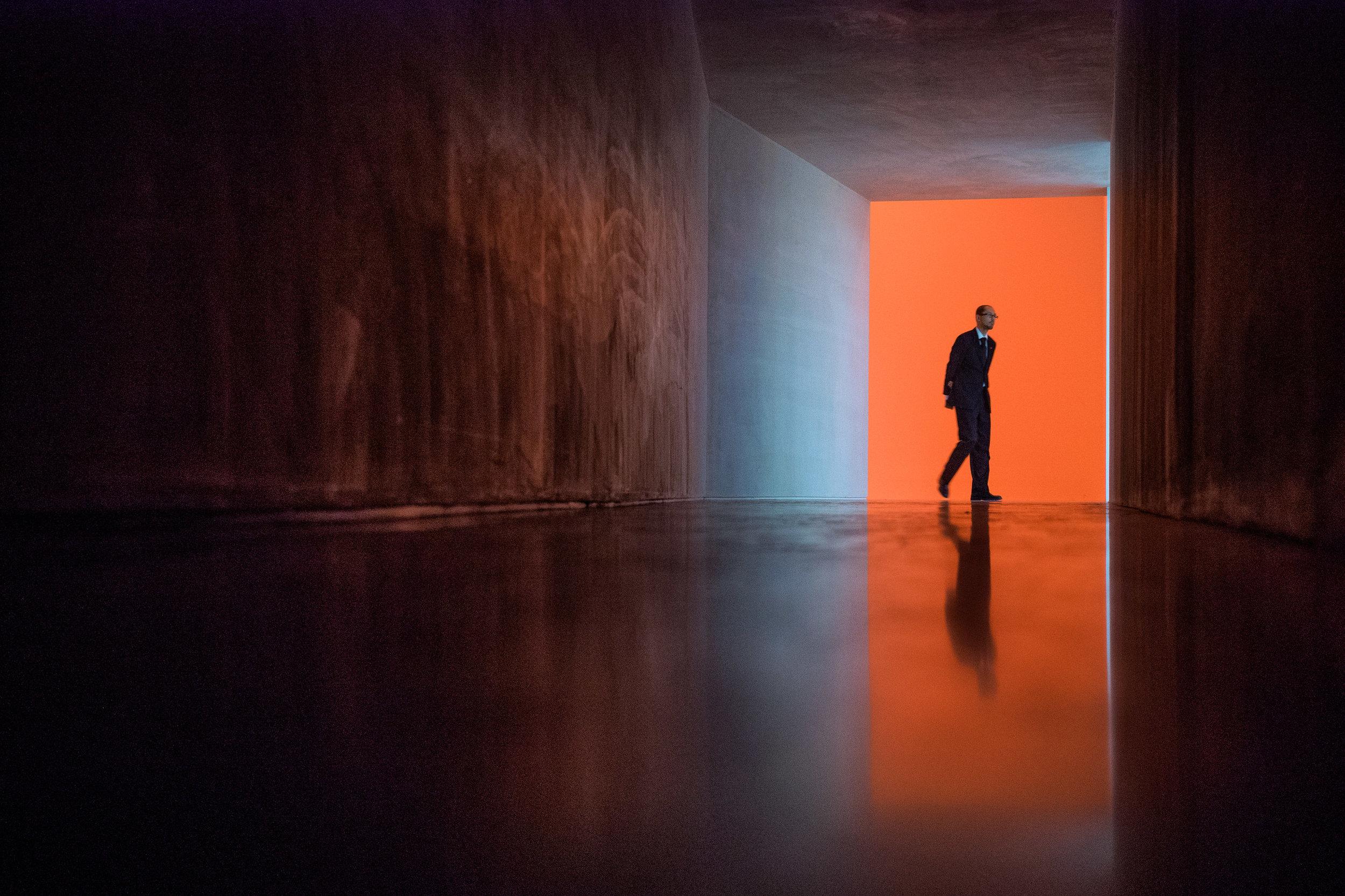 Craig-Reilly-Photography-White-Cube-orange.jpg