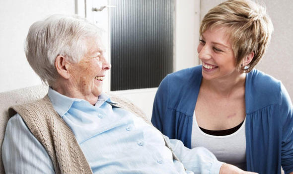 elderly_care-285536.jpg