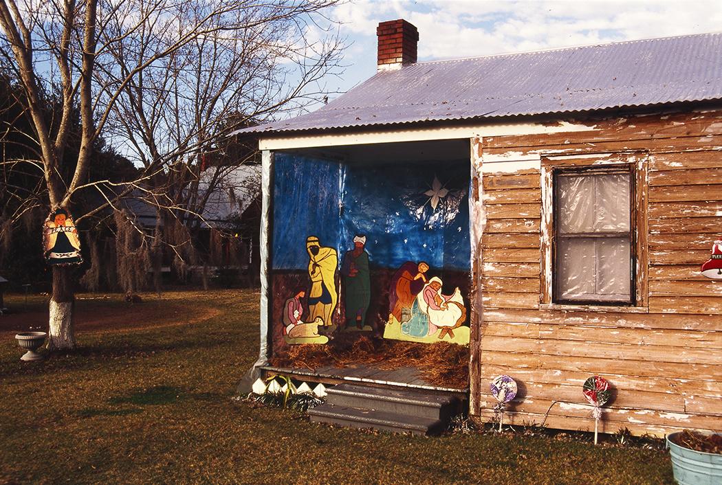Cottage Manger Scene