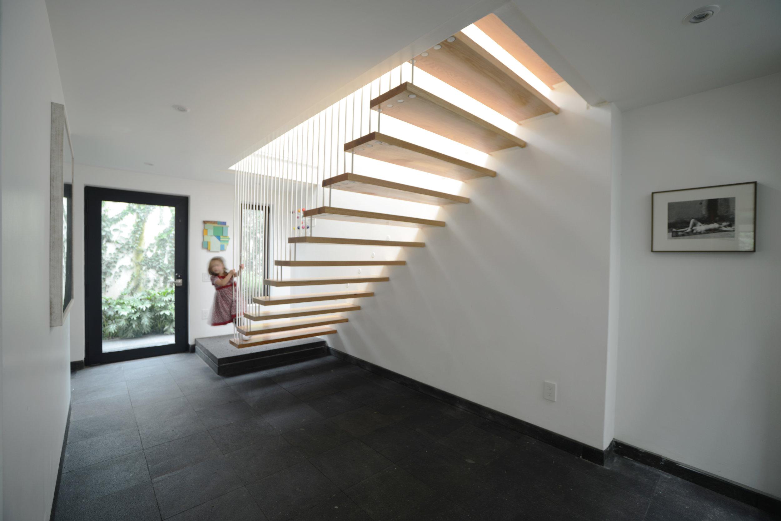 Esteva. Escalera. 4 Lina.jpg