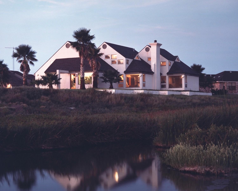 richter residence canal.jpg