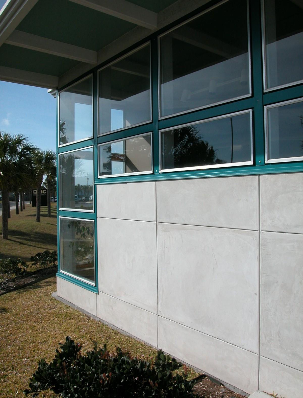 gouverne building corner1.jpg