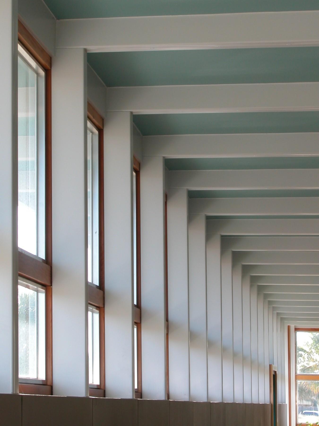 gouverne building window-colonnade.jpg