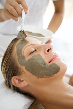 WEBSITE__Service__Therapeutic_(Intensive)_Facial[1].jpg