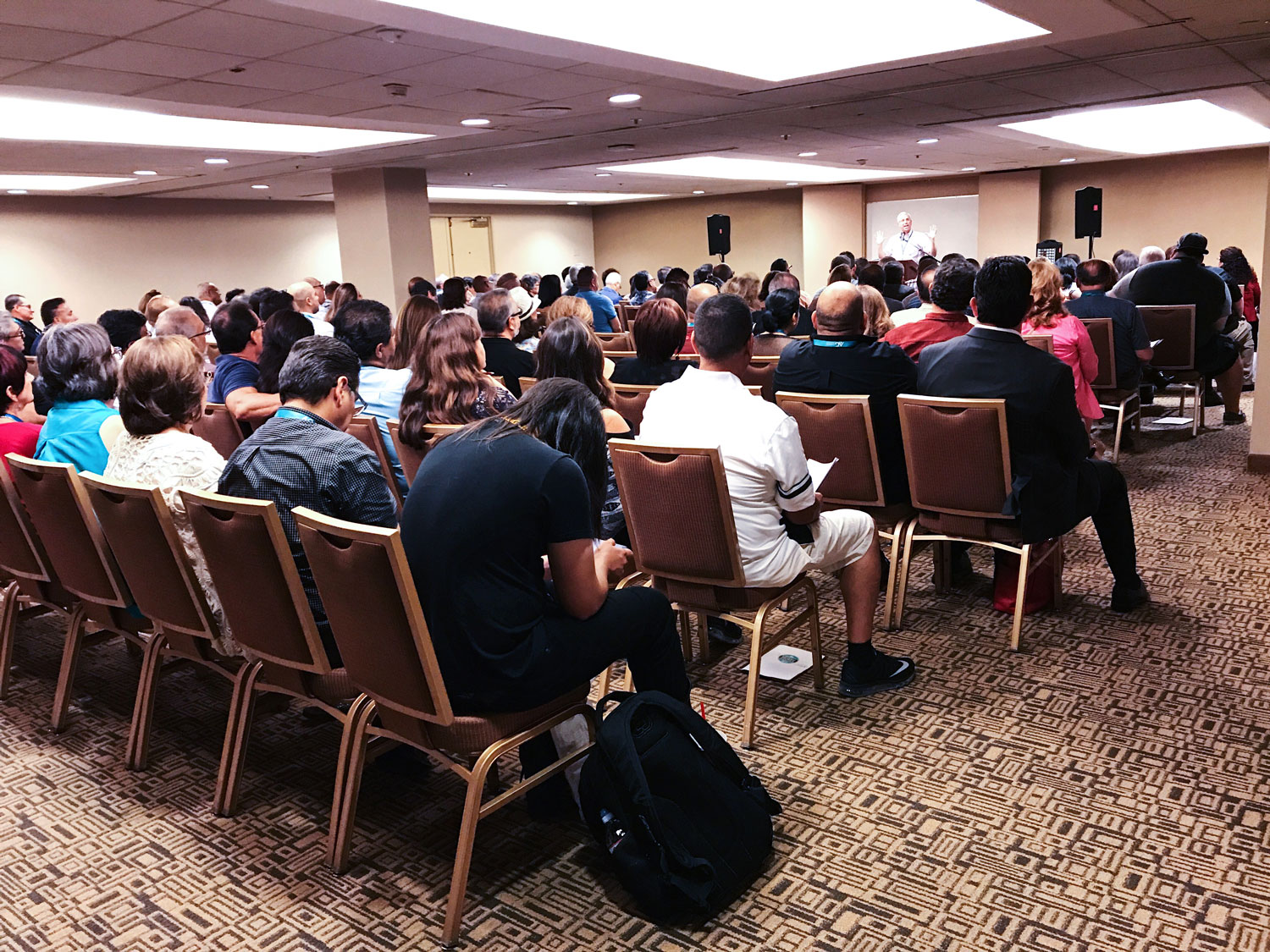 Pastor_preaching_at_Anaheim_Conference