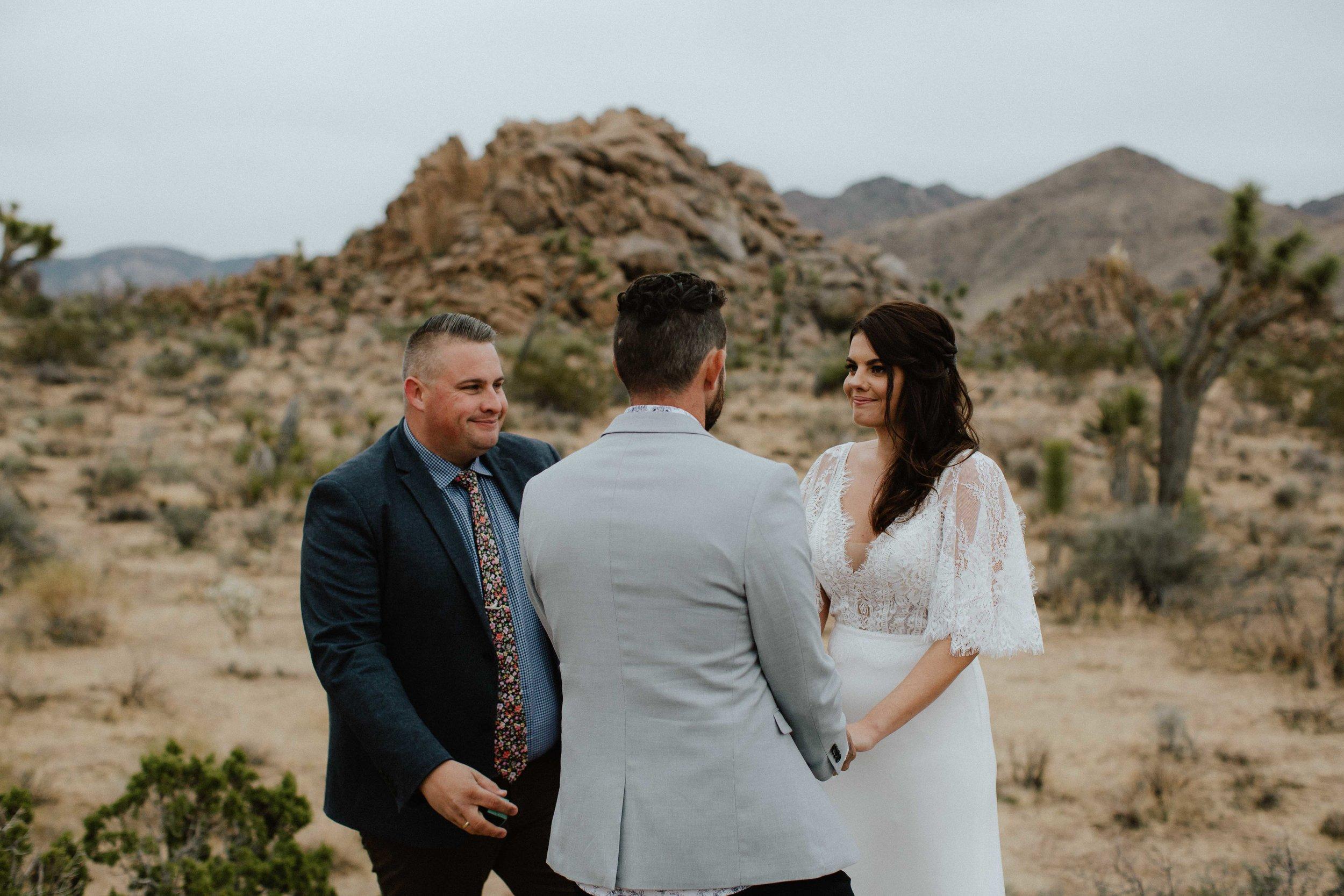 America Joshua Tree Palm Springs Elopement wedding-27.jpg
