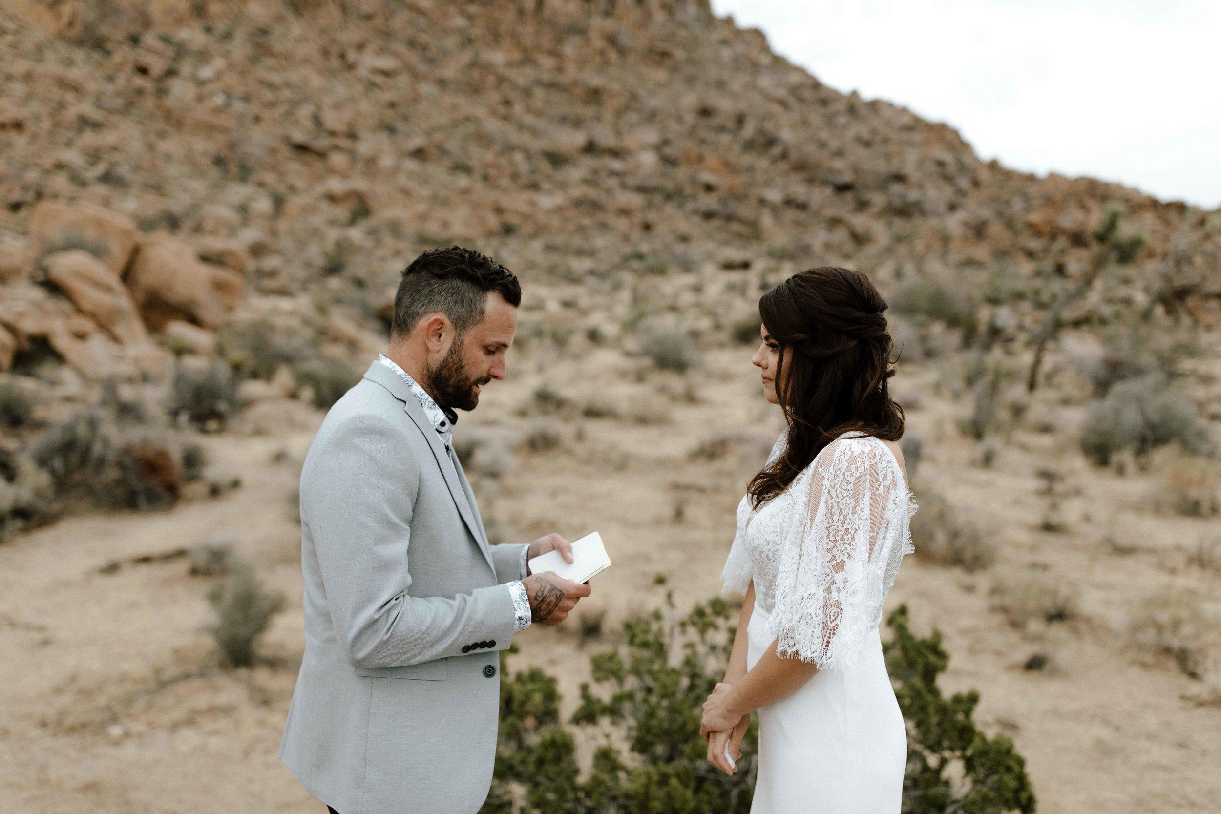 America Joshua Tree Palm Springs Elopement wedding-31.jpg