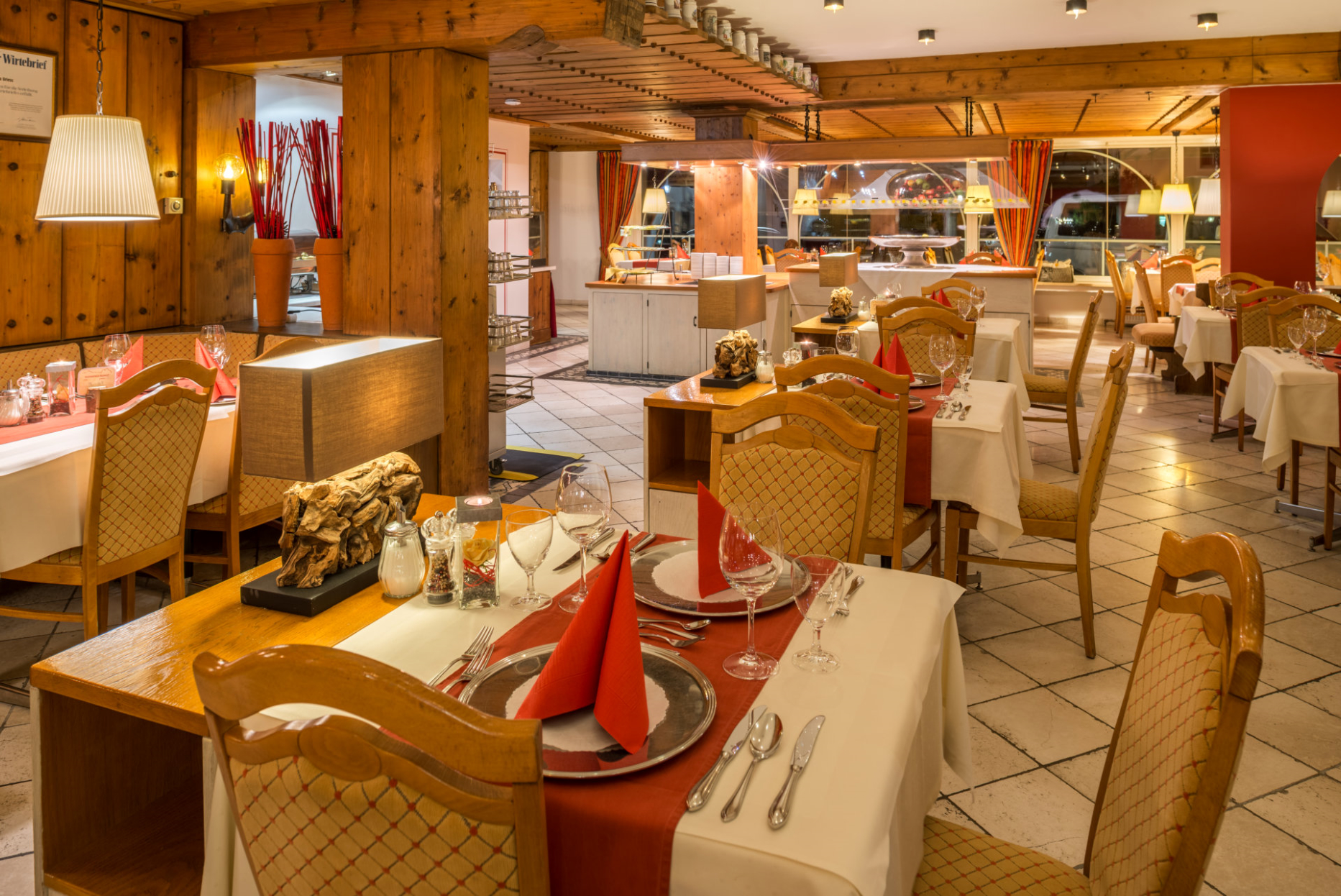 Restaurant II.jpg