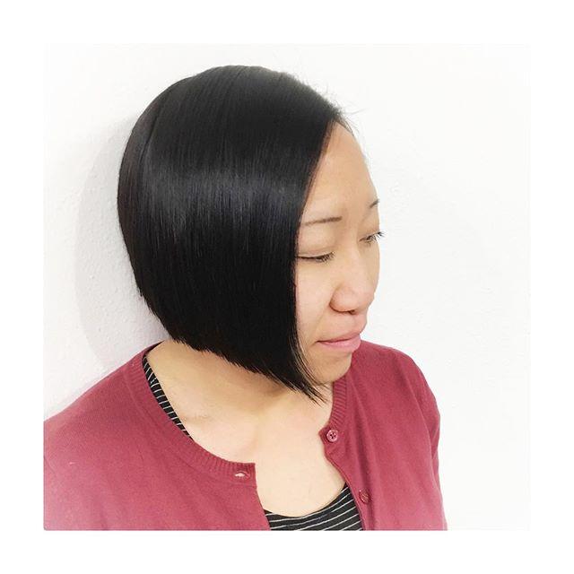 •LINES•  #gilberthairstudio #joegilberthair #downtownsanjose #hairbrained #crafthairdresser #sanjosecalifornia #evolveordissolve #sanfranciscobayarea #btconeshot #lines #precision #shorthair #bobs #classic #shapes #arrojo #arrojoproduct