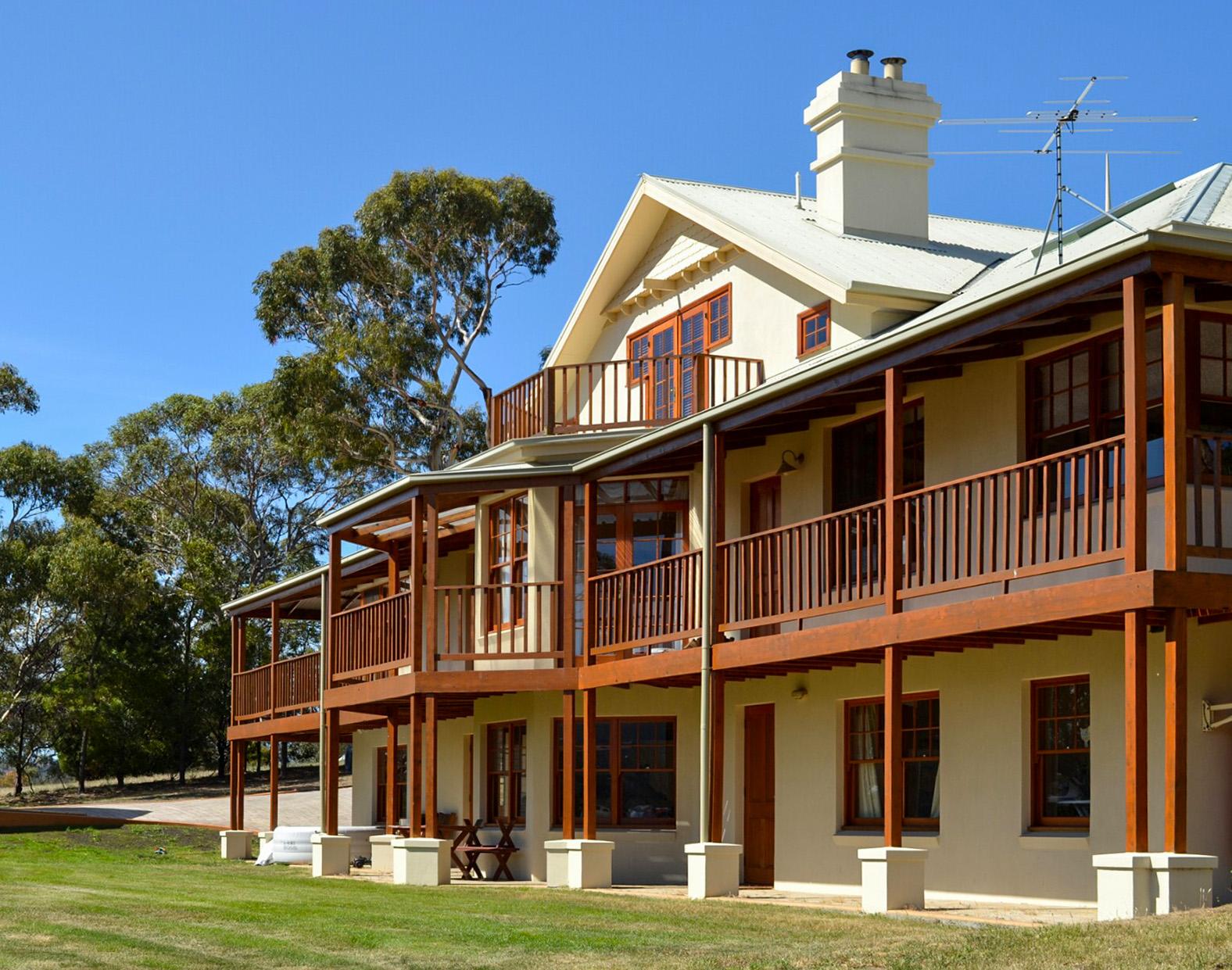 Otago Cottage and Bungalow, Hobart Australia - Julia Reynolds.jpg