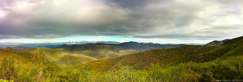 Backbone Trail, Malibu, California - JefferyTurner CC-BY-SA 2.0- 5 Mountain Biking Trails with Stunning Scenery in the USA - The Wayward Post