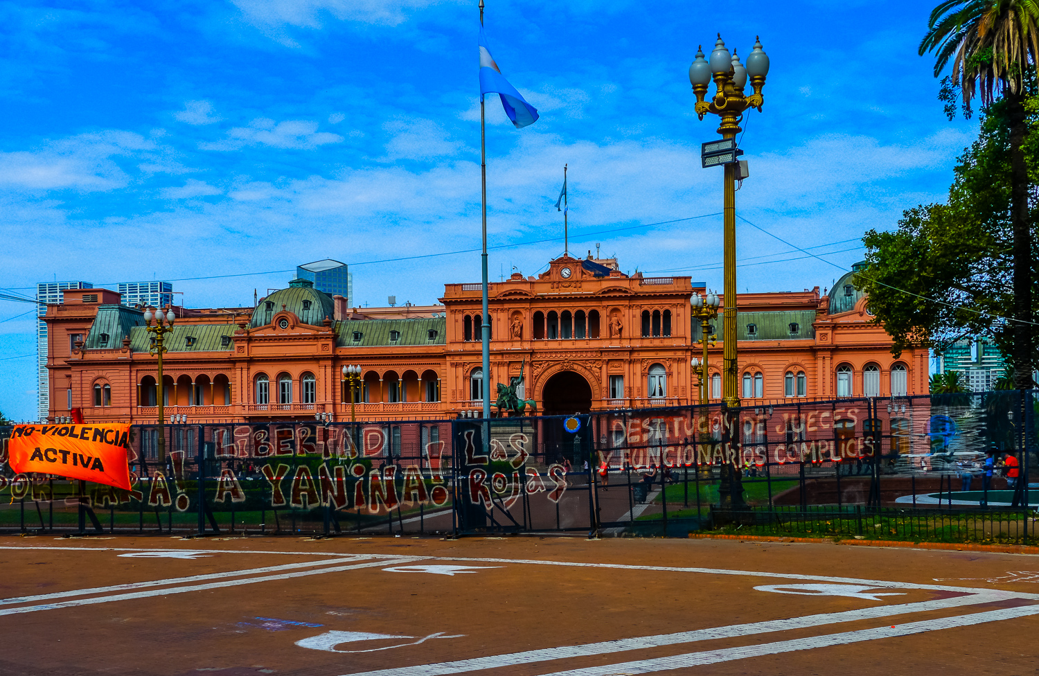 Statements in front of Casa Rosada. Photo by Johanna Read TravelEater.net