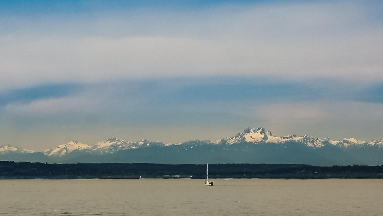 Seattle mountains - Wayward Weekend in Seattle - 2.jpg