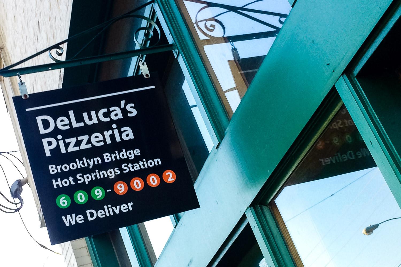 DeLuca's Pizzeria, Hot Springs Arkansas. Photo by Johanna Read TravelEater.net - Wayward Weekend - 23.jpg
