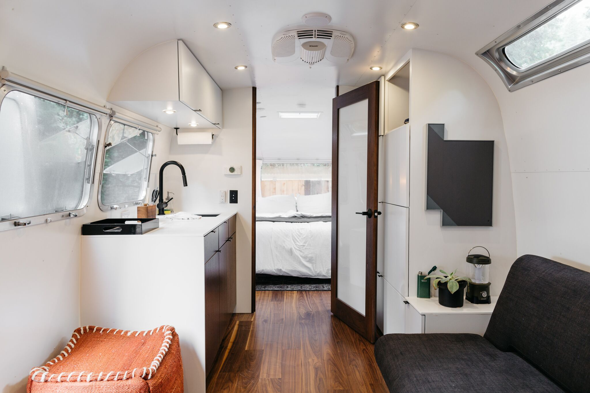 Inside the Airsteam suite #2. Photo Melanie Riccardi