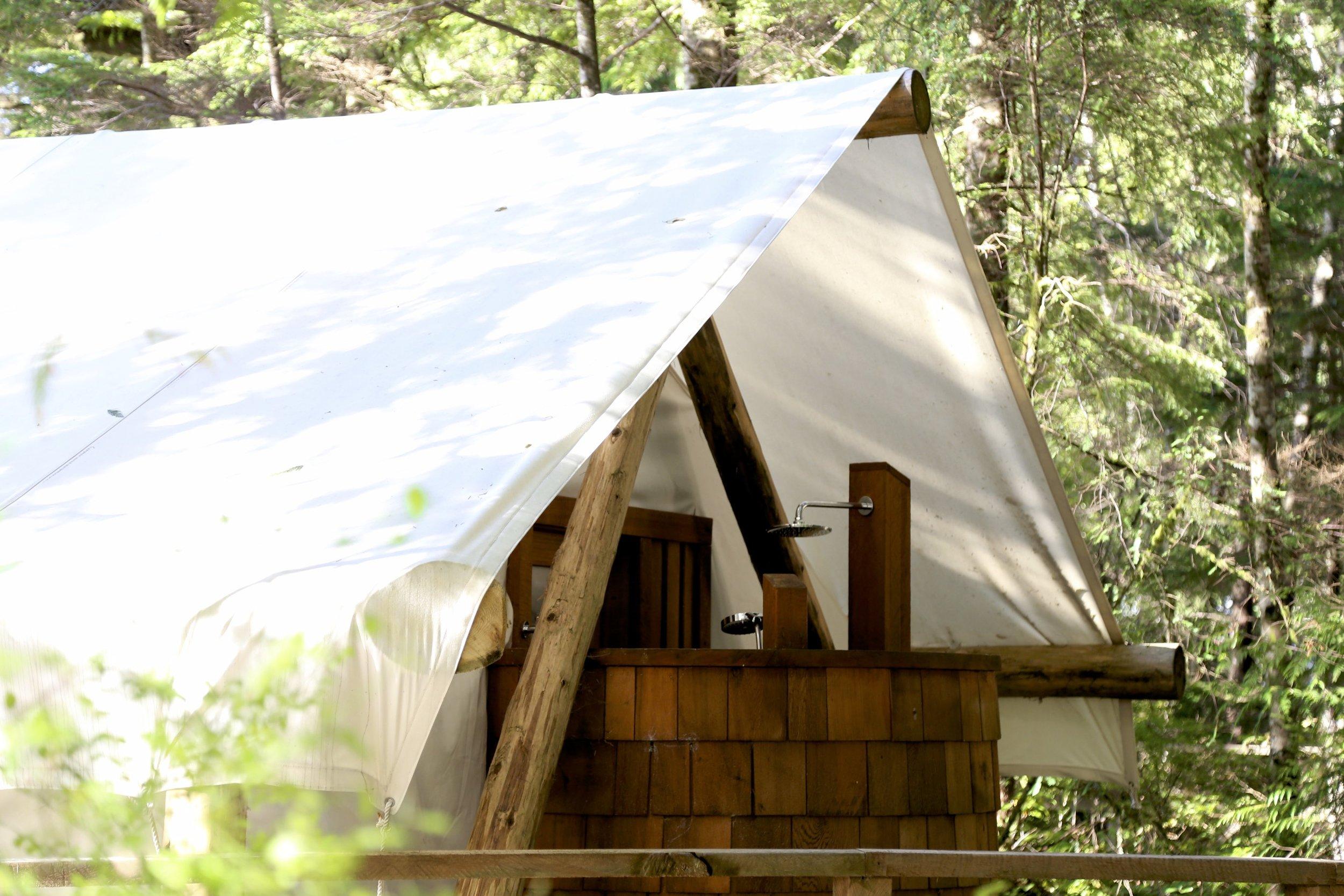 Outdoor Shower – Source Clayoquot Wilderness Resort
