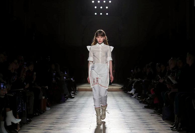 AF VANDEVORST Couture 2.png