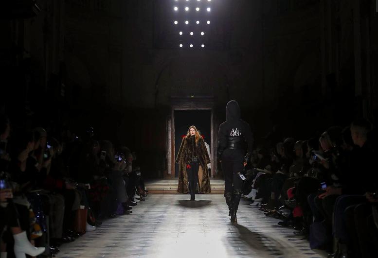 AF VANDEVORST Couture 3.png