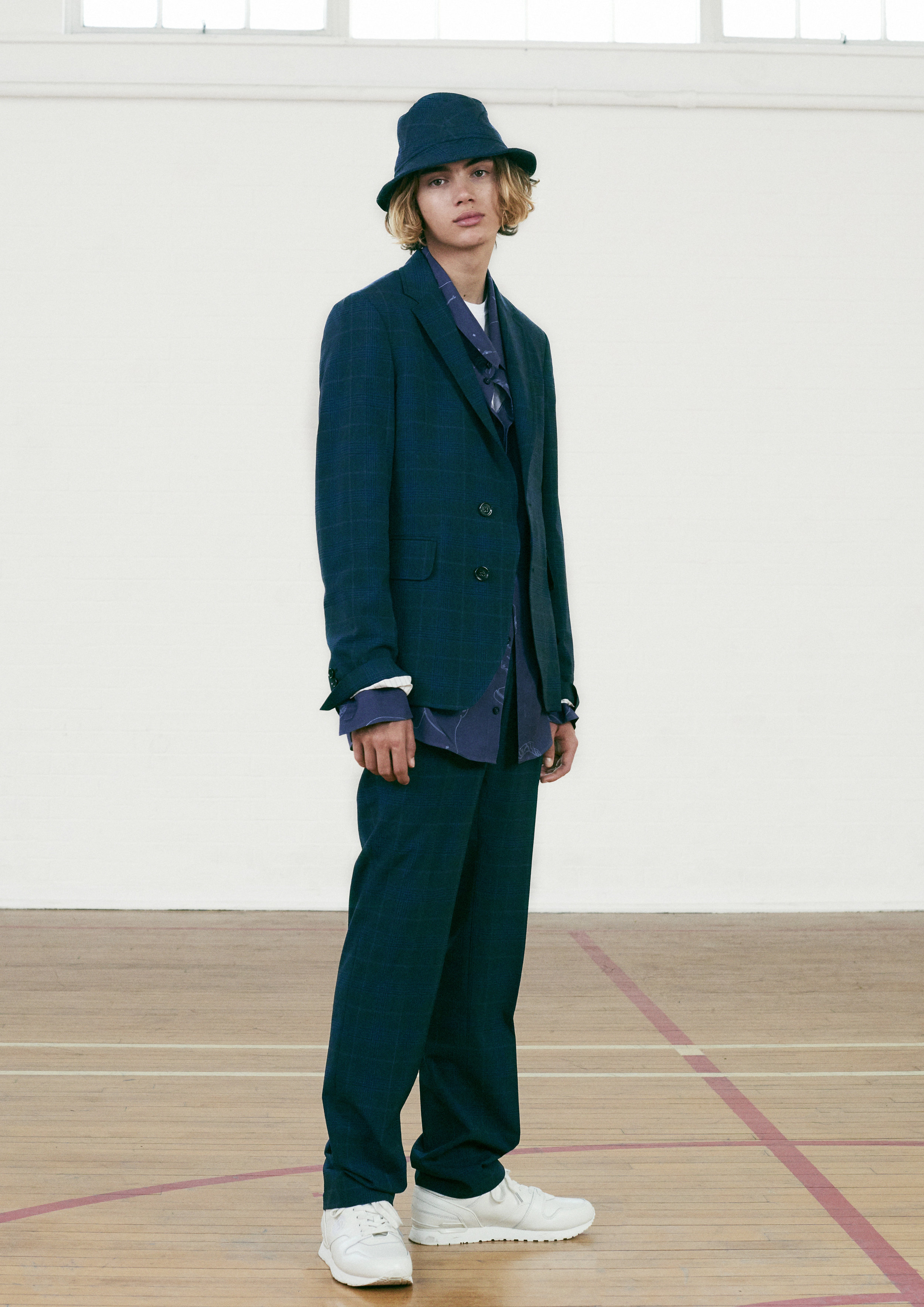 Band of Outsiders SS19 3.jpg