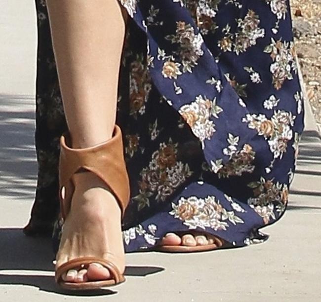 cuffed sandals