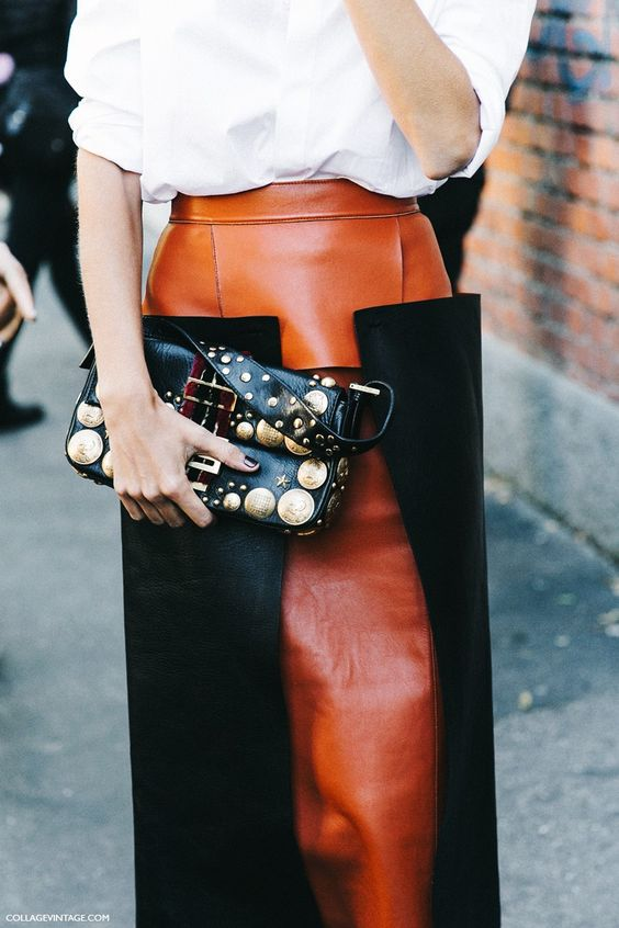 THE HOTTEST SKIRTS IN THE GAME