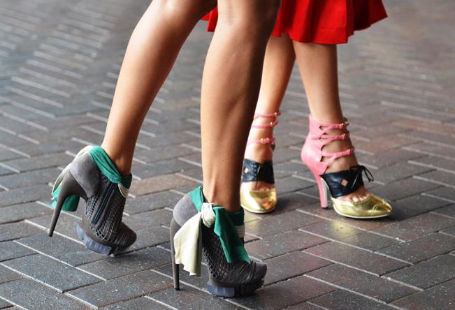 Contrast-Heels-8.png