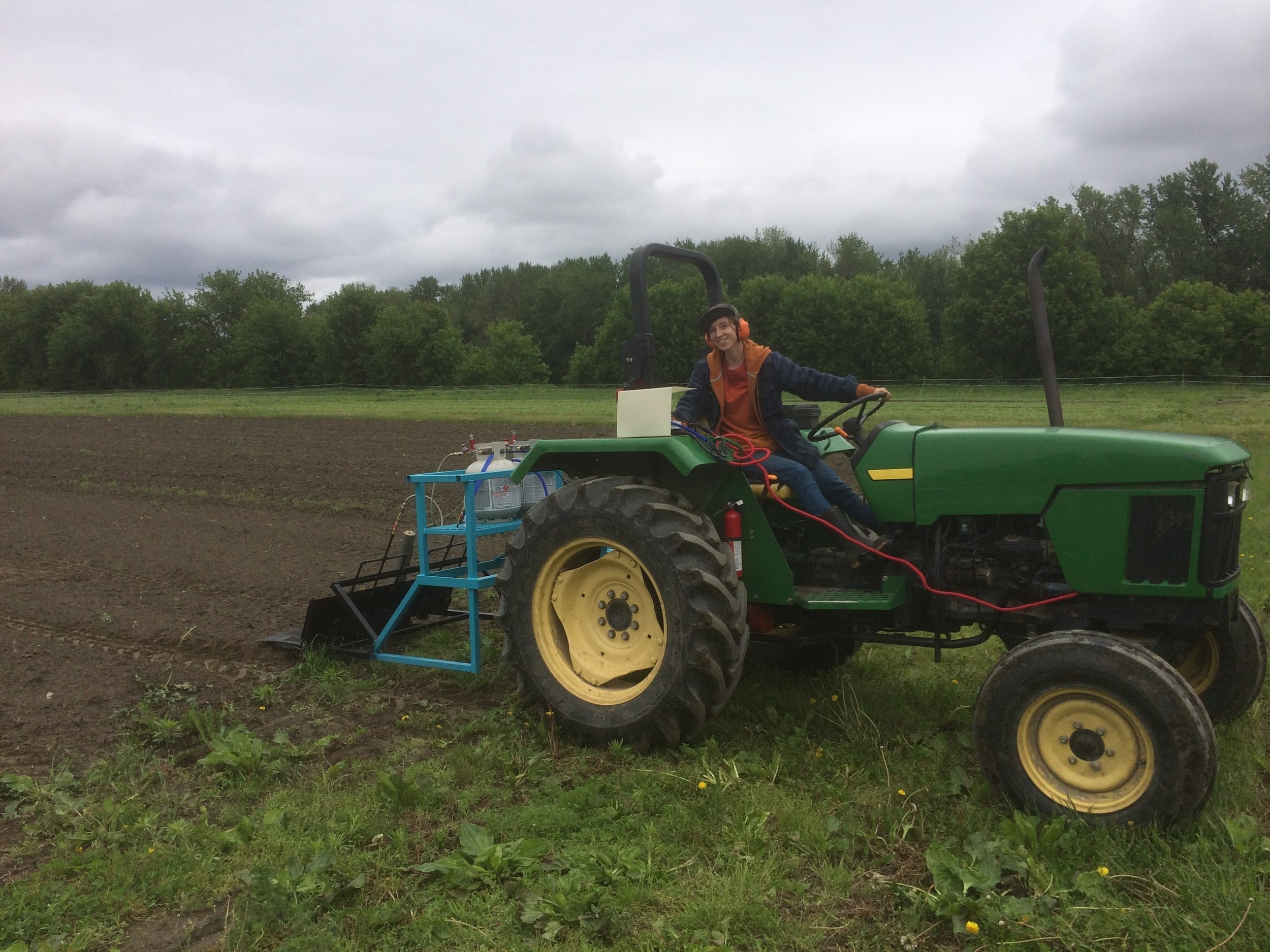 tractor-mounted-flame-weeder-ignition