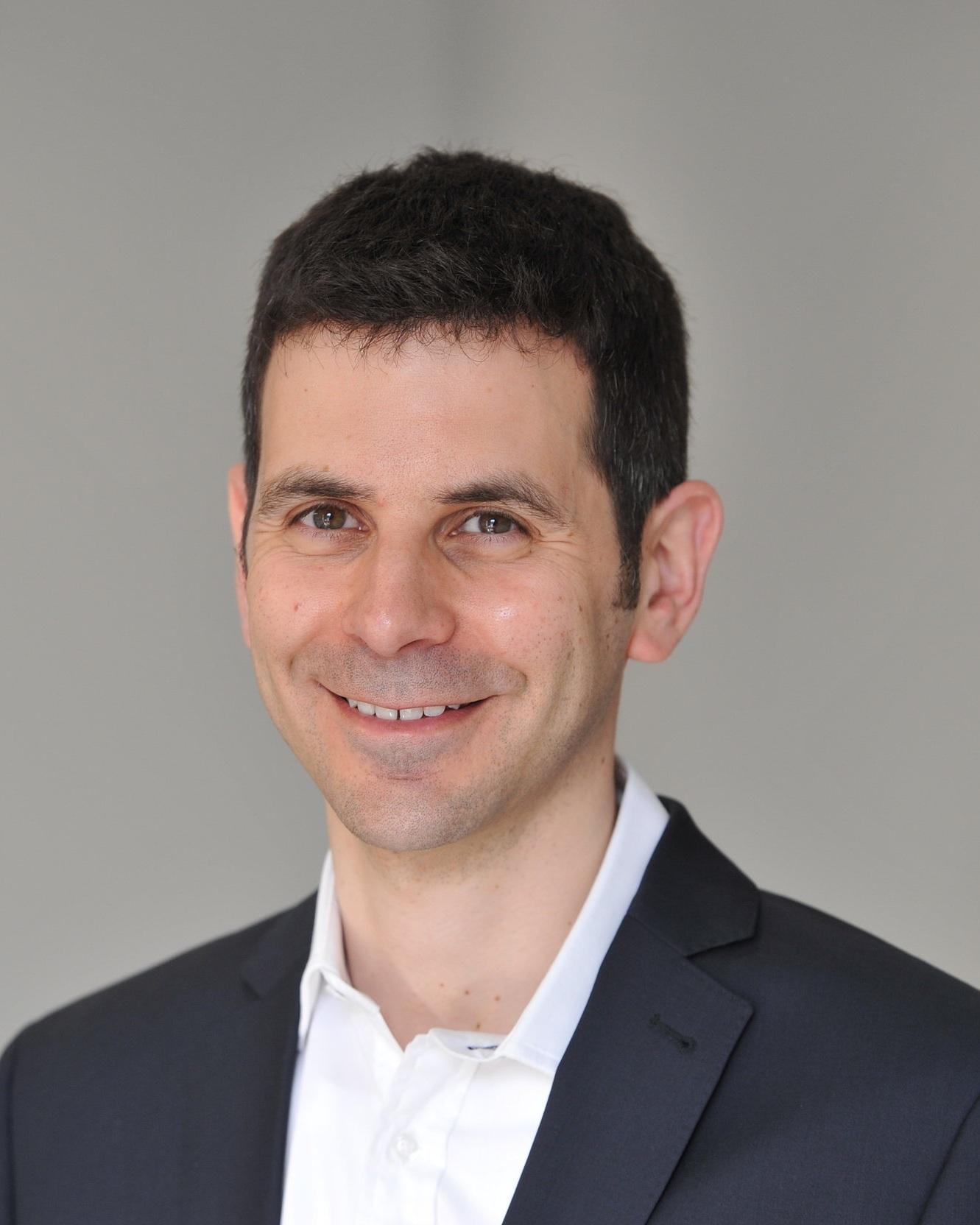 Dr Dan Glass   Consultant dermatologist