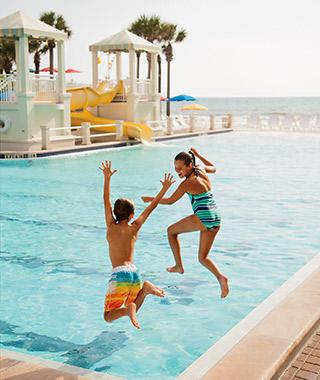 201310-w-americas-best-family-hotels-00-article-ponte-vedra-inn.jpg