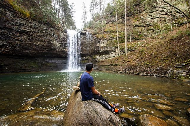 On our drive down from Michigan to Florida, we stopped at Cloudland Canyon. Triathlete @lucian_r3 enjoying the view