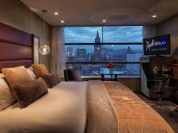 Radisson Blu Edwardian Manchester Hotel - Located a stone throw away from the workshop you can enjoy a luxury 5* nights sleep.