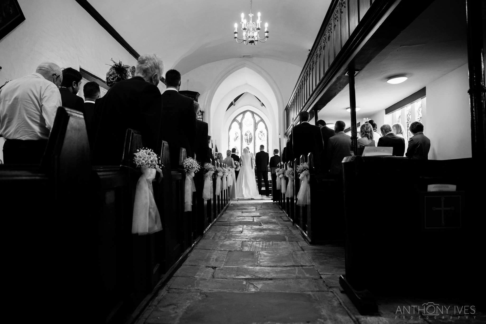 010 Shireburn Arms Preston Wedding Photography.jpg