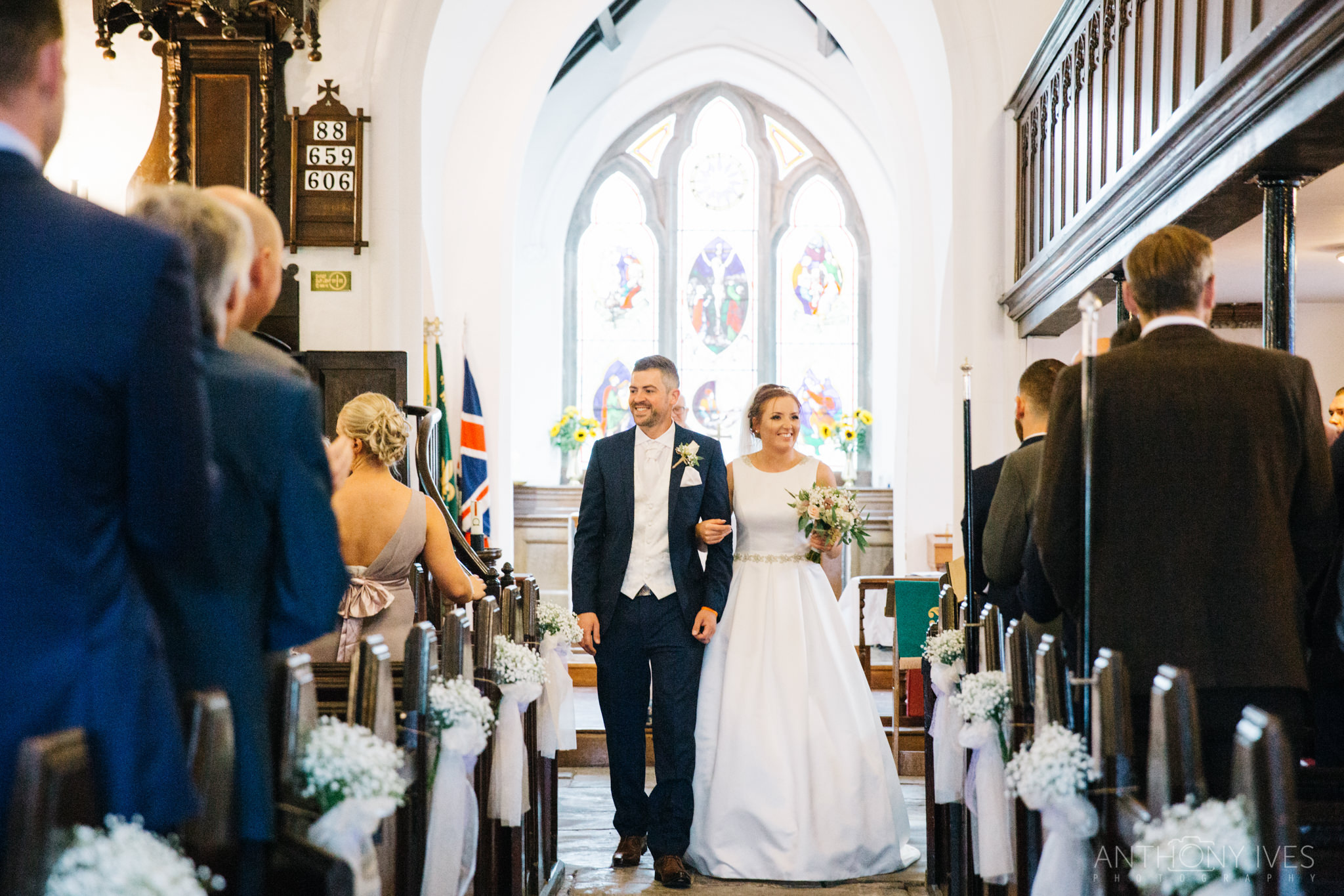 013 Shireburn Arms Preston Wedding Photography.jpg