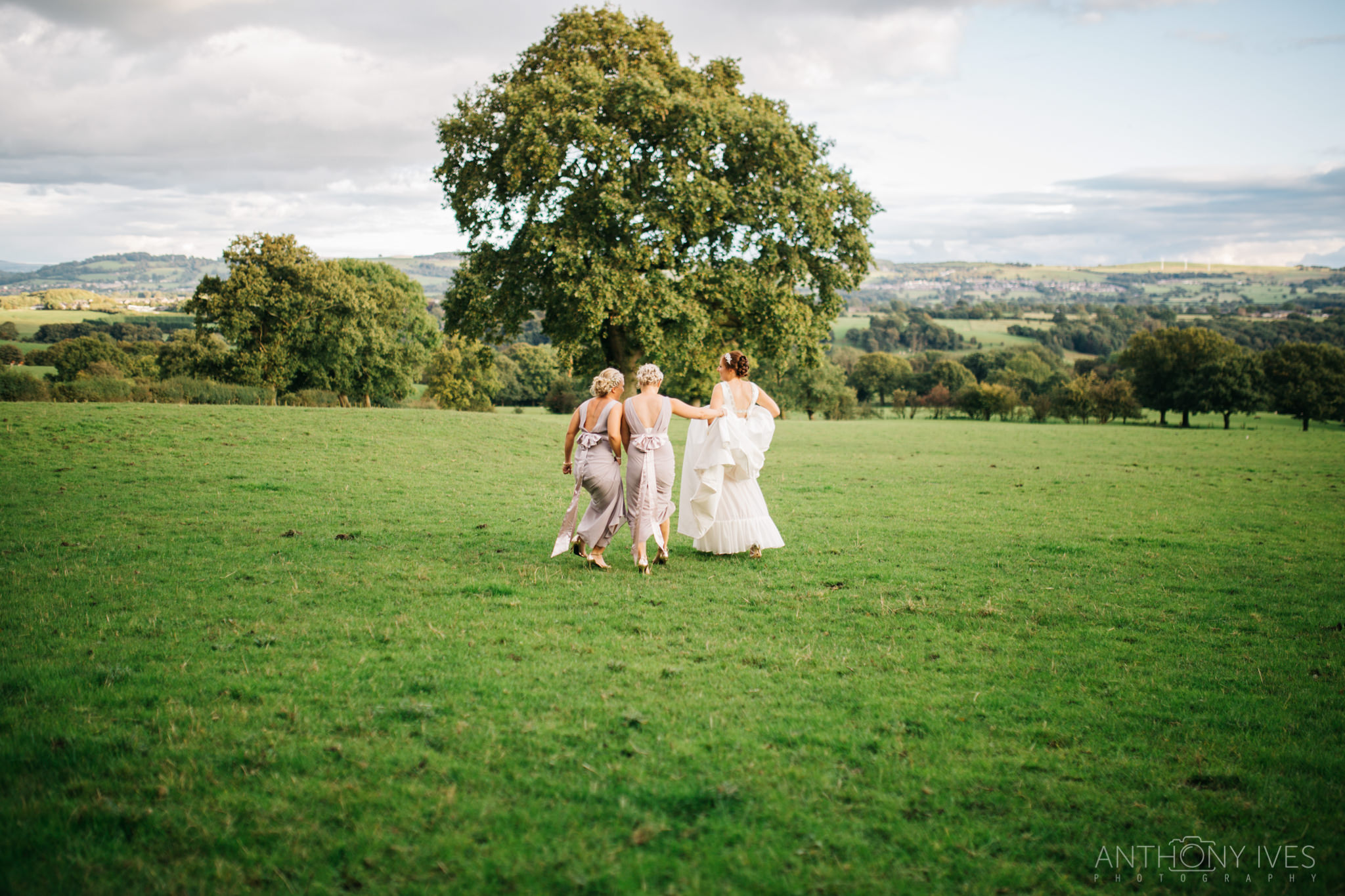 022 Shireburn Arms Preston Wedding Photography.jpg
