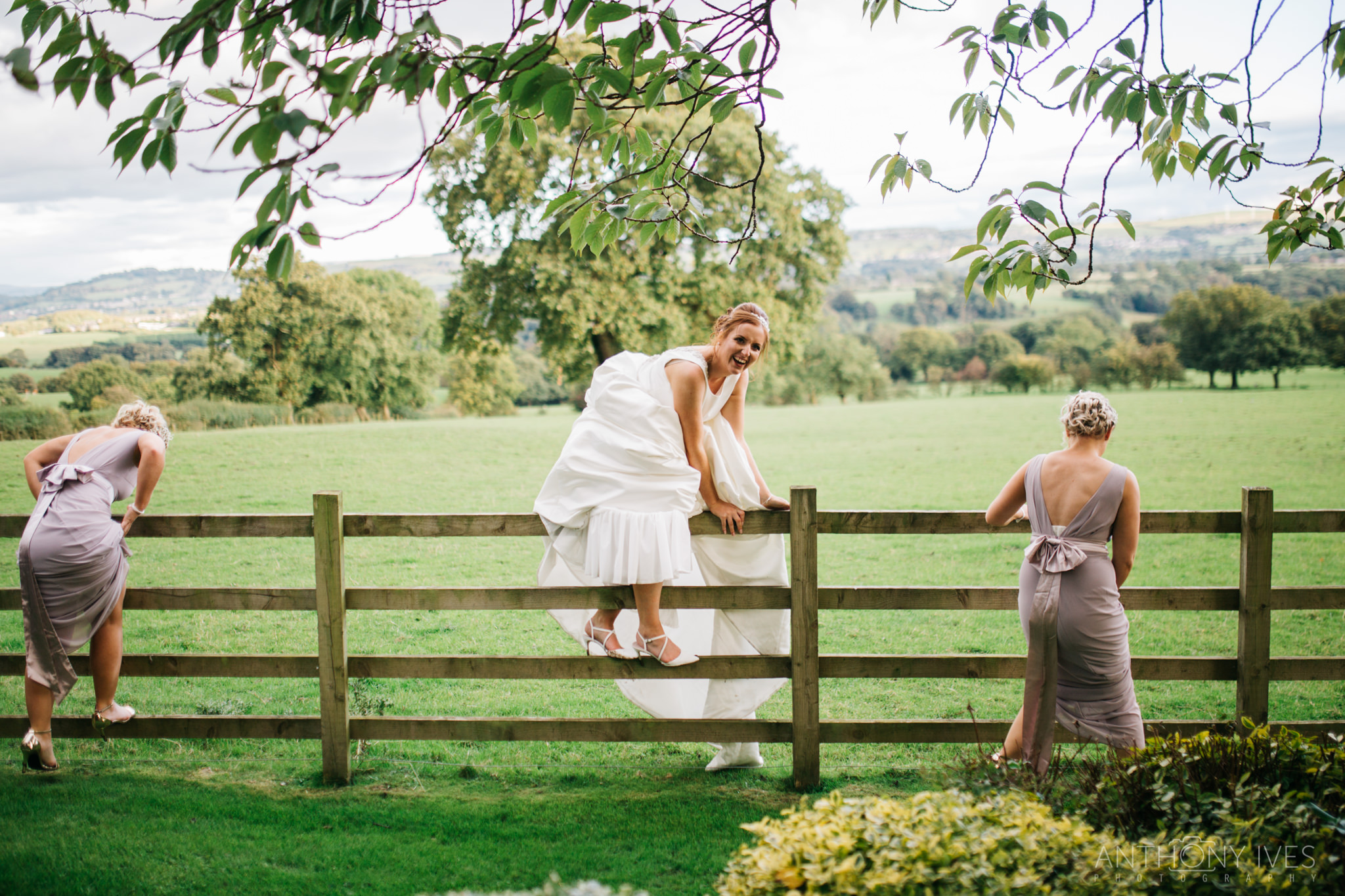 021 Shireburn Arms Preston Wedding Photography.jpg