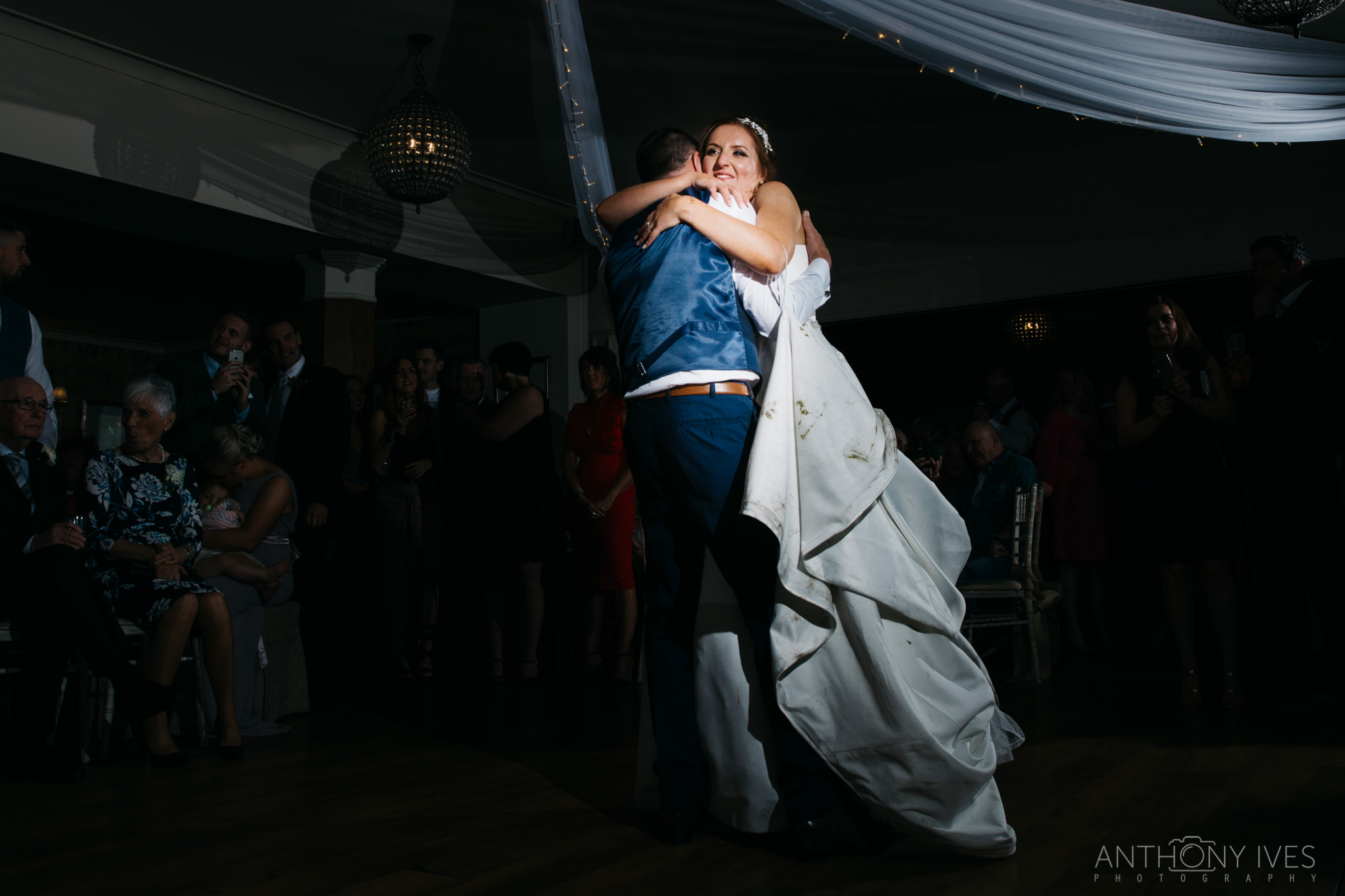 041 Shireburn Arms Preston Wedding Photography.jpg