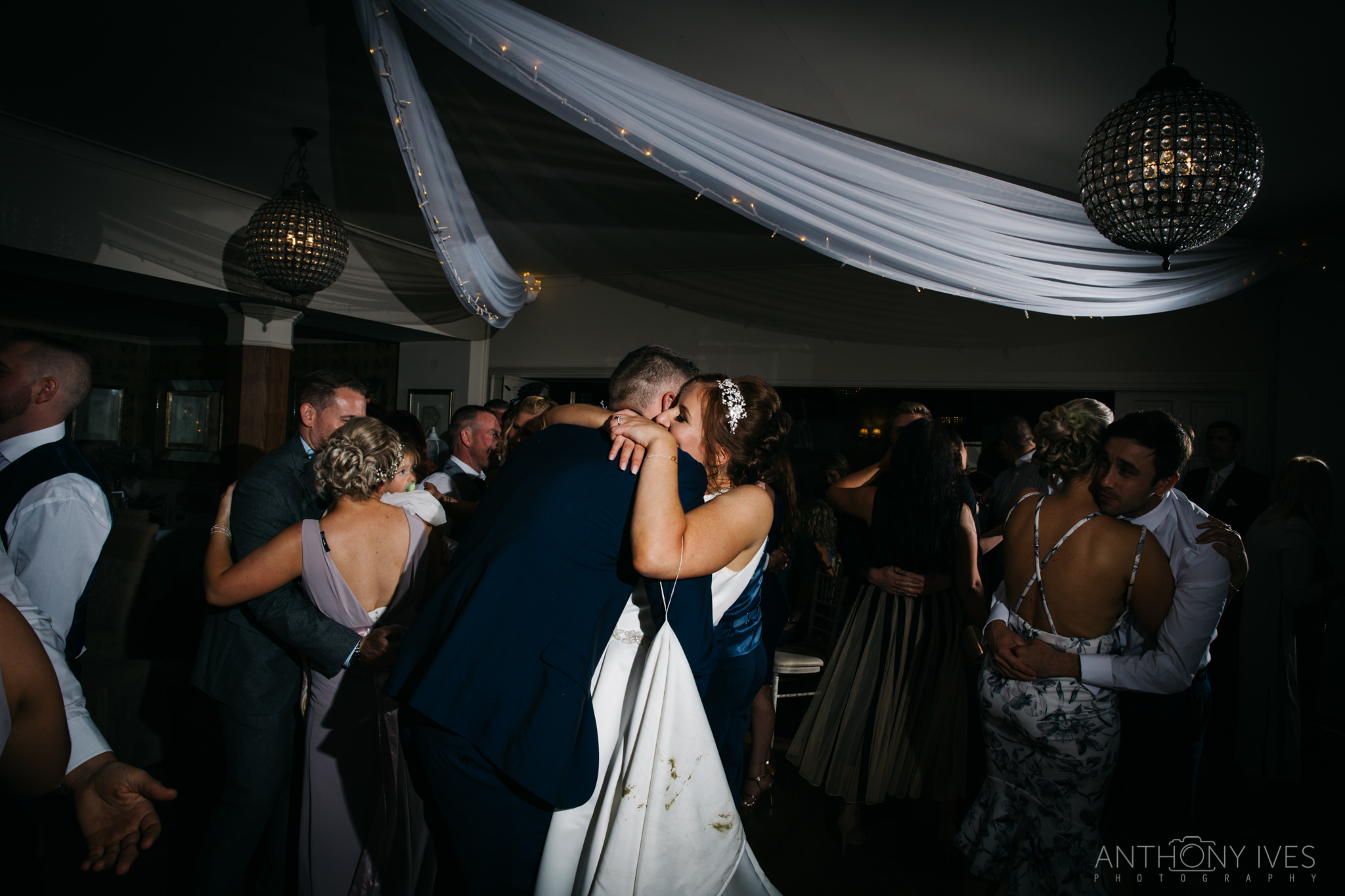 043 Shireburn Arms Preston Wedding Photography.jpg