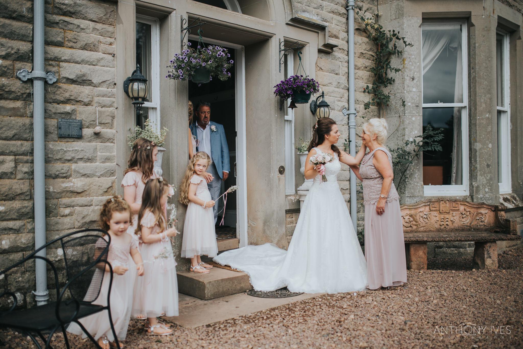 019 wedding-branxholm-scotland-park-photography.jpg