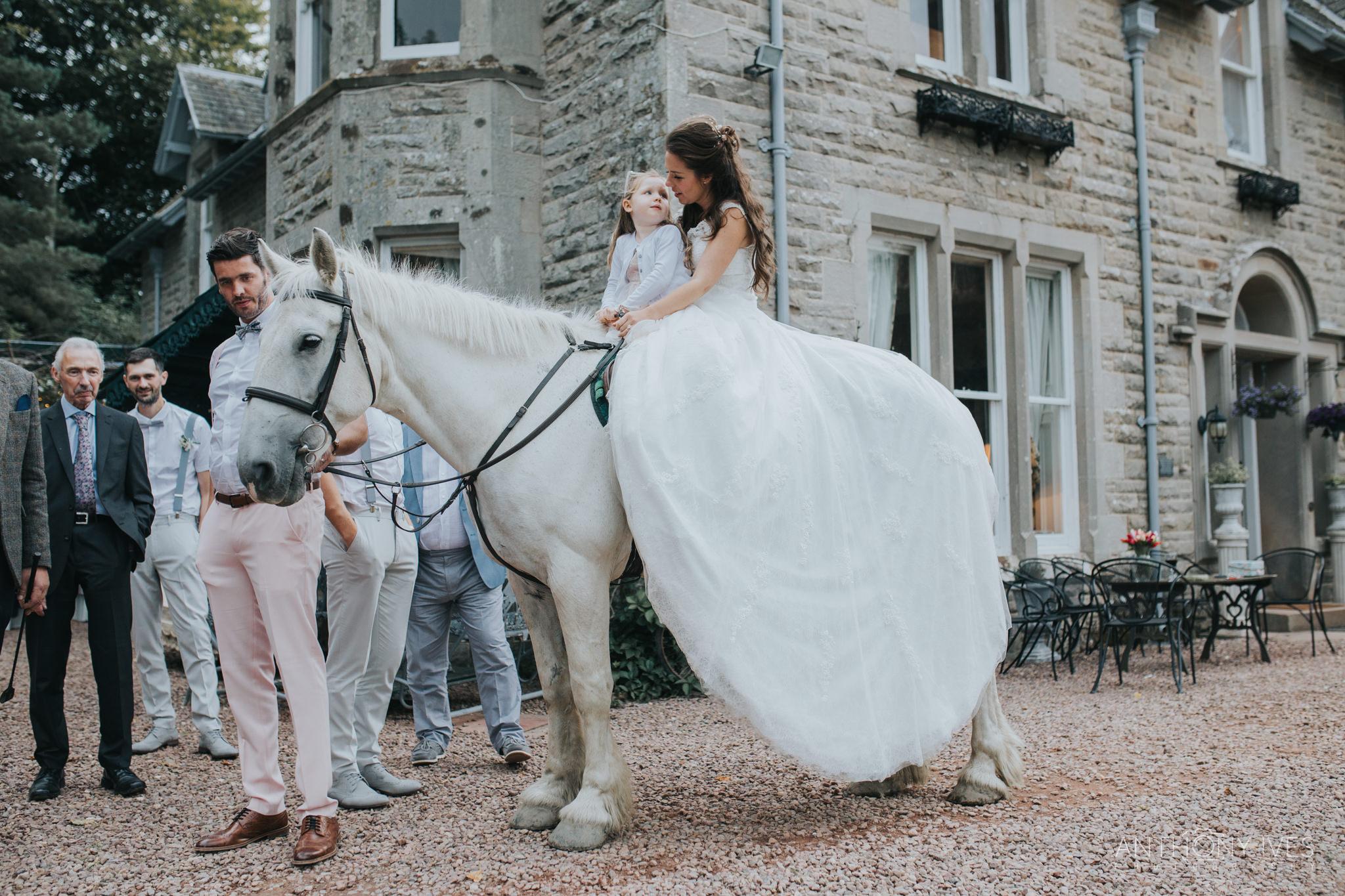 047 wedding-branxholm-scotland-park-photography.jpg