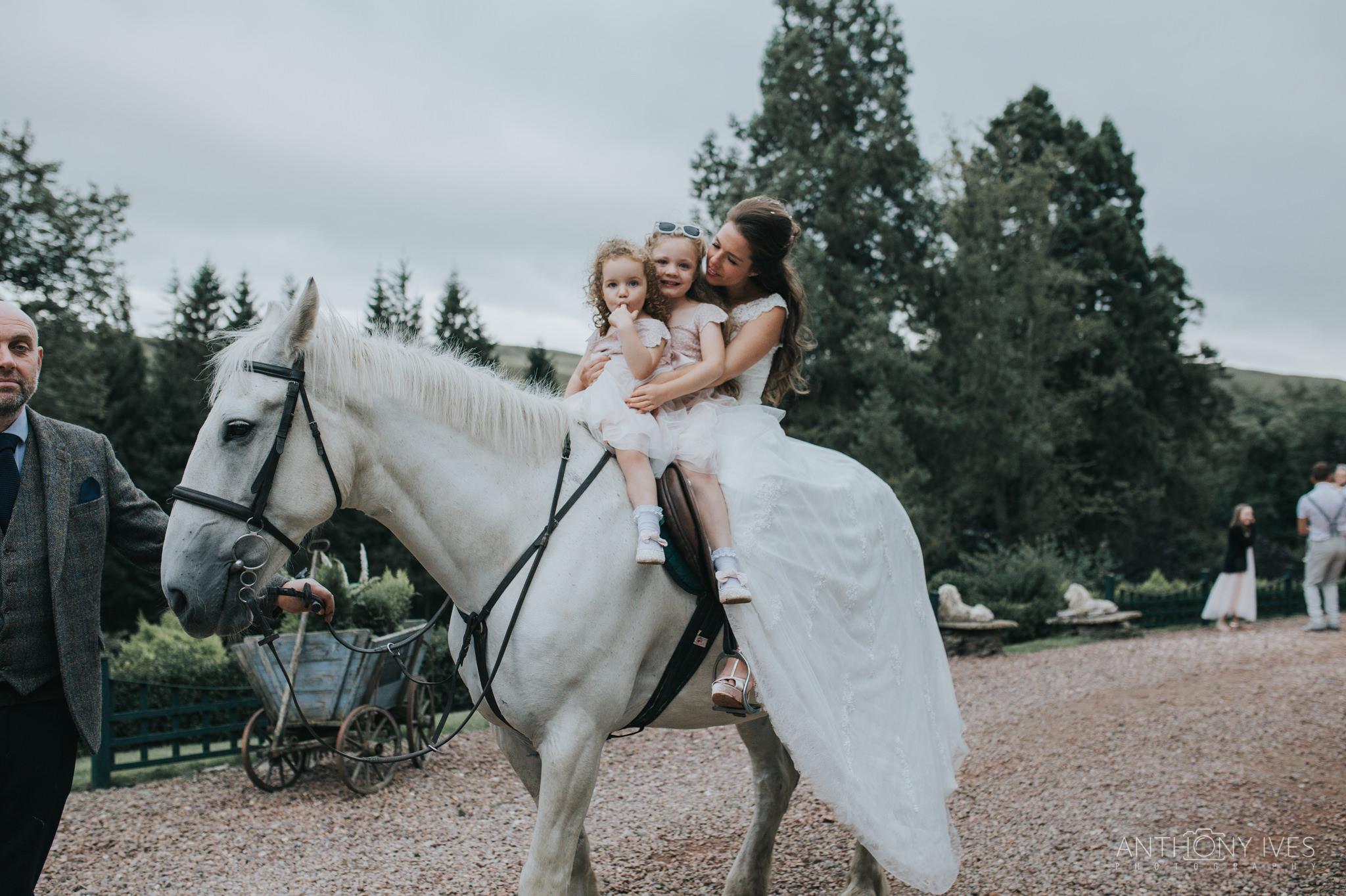 048 wedding-branxholm-scotland-park-photography.jpg