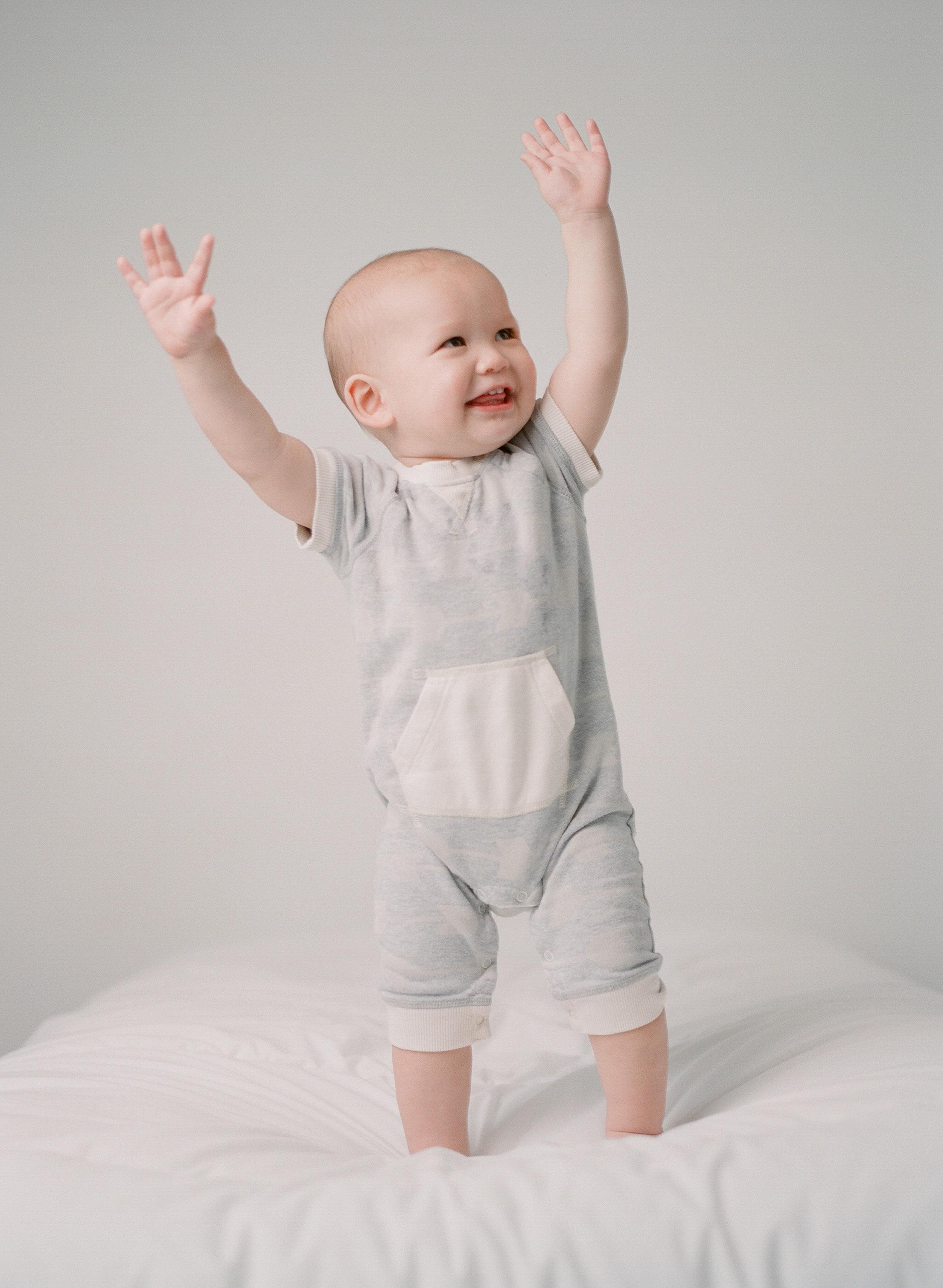 Contact Seattle Newborn Photographer Sandra Coan