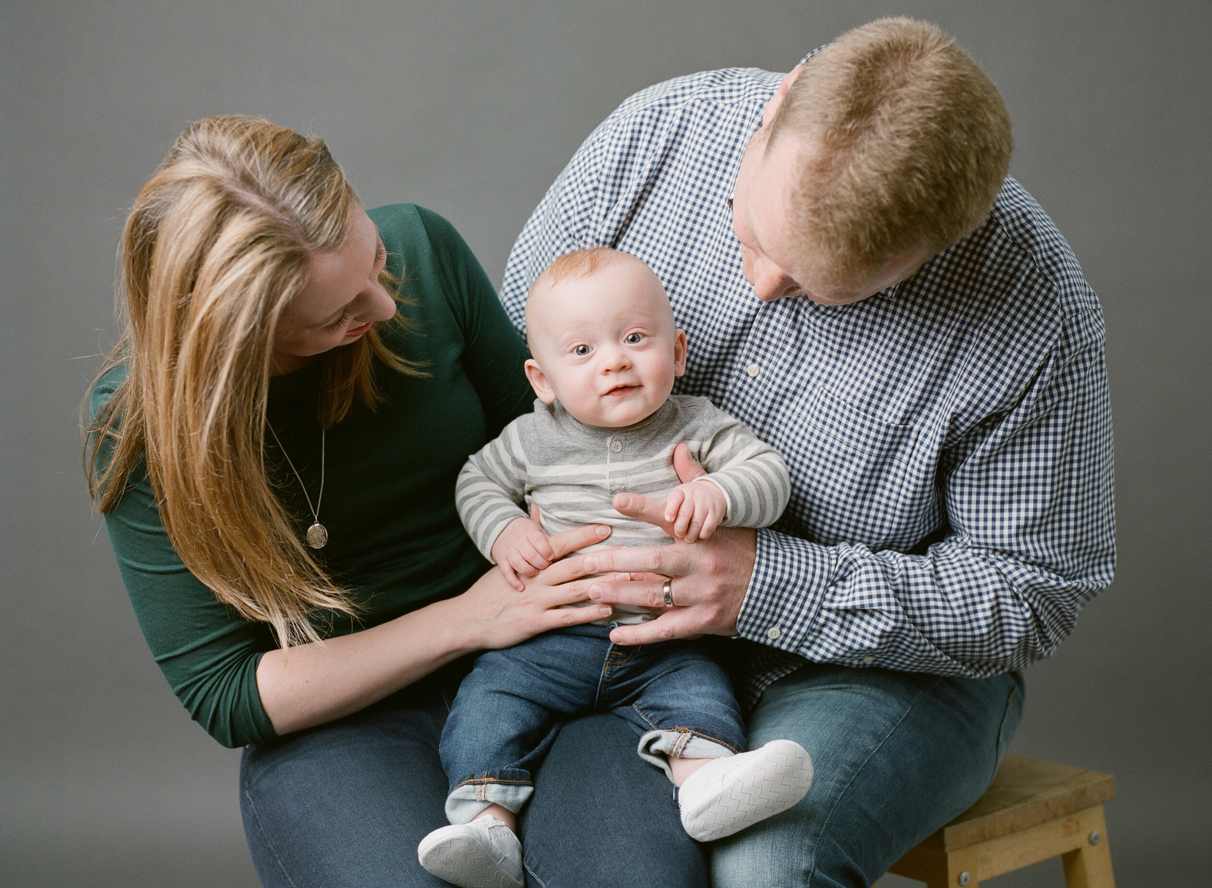 Newborn photographer Seattle | Sandra Coan | family portrait photographed on film