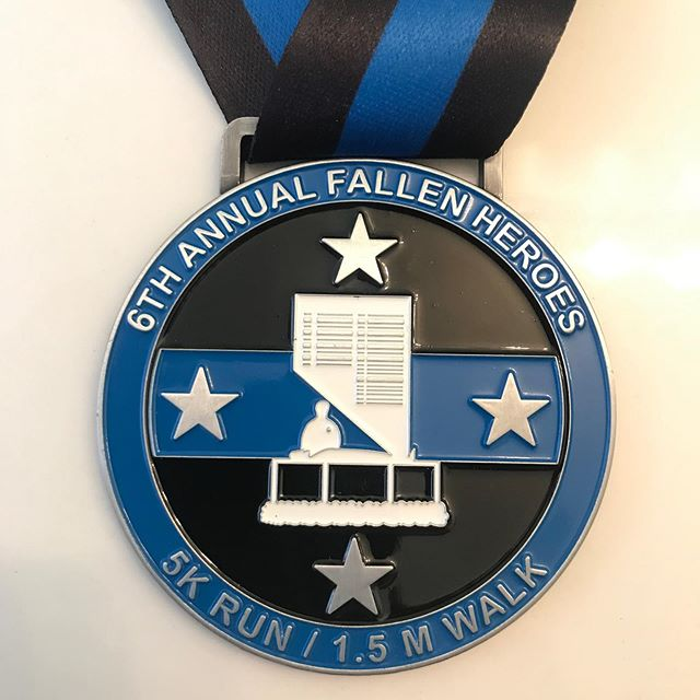 This is a great event honoring and keeping the memory alive of our fallen officers!  The date is quickly approaching, so make sure you register to run/walk and you'll receive this finishing metal at the end of the event! 🖤🖤💙🖤🖤 Follow @snvfallenheroes for updates and don't forget to register!