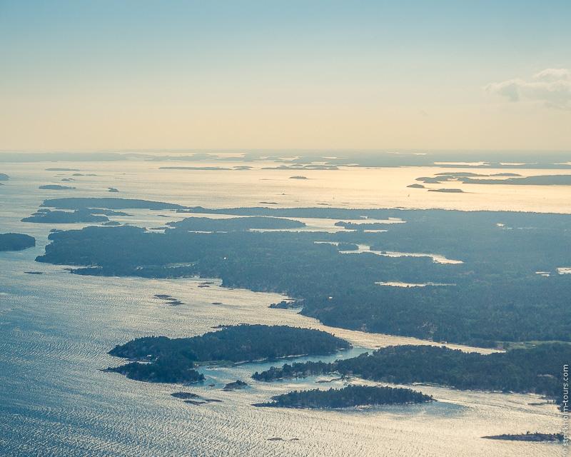 5__Stockholm helicopter tour_Стокгольм с вертолёта_Стокгольм с высоты птичьего полёта_Stockolm Mania_гид по Стокгольму_Stockholms archipelago.jpg