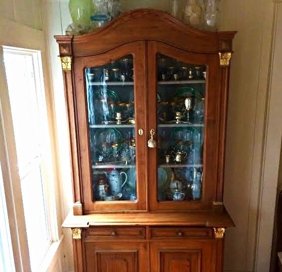 silverware cabinet.jpg