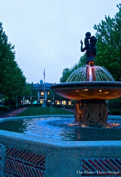 Fountain, Lake Forest's Market Square